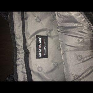 SwissGear Bags - Swiss gear laptop bag for airplane travel